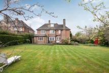 6 bed Detached house for sale in Milton Close...