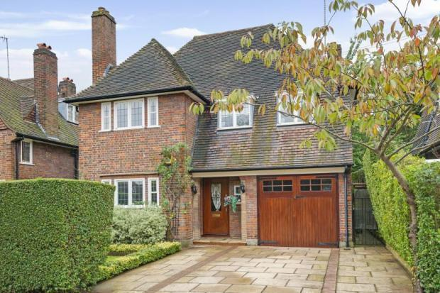 5 Bedroom Detached House For Sale In Gurney Drive