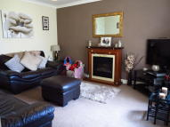 3 bedroom property to rent in Painters Croft, Coseley...