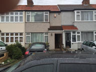 2 bedroom Terraced house in Linley Crescent, Romford...