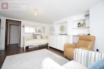 1 bed Flat to rent in Forest Road...
