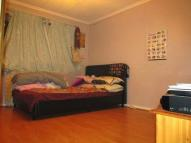 4 bedroom Town House in Devenay Road, Stratford...