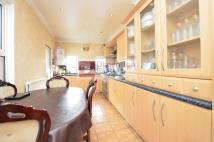 4 bed property to rent in Carlyle Road, Manor Park...