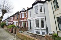 3 bedroom Maisonette to rent in Mildenhall Road...