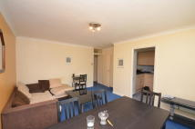 2 bedroom Flat to rent in Bridle Path, Essex...