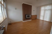 3 bed house in Redbridge Lane East...