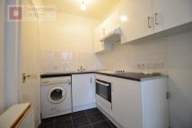 Flat to rent in Hornsey Road, Hollway...