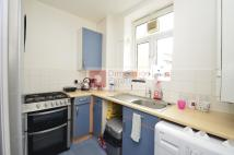 4 bedroom Flat in Kingsmead Way...