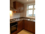 3 bed Flat in Pennyfields, Poplar...
