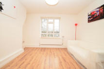 4 bed Maisonette in Mount Pleasant Lane...