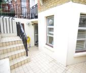 1 bedroom Flat in Kyverdale Road...