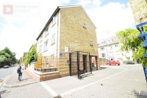 3 bed Town House in Rainhill Way, Bow...