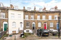 3 bed Terraced house in Keystone Crescent...