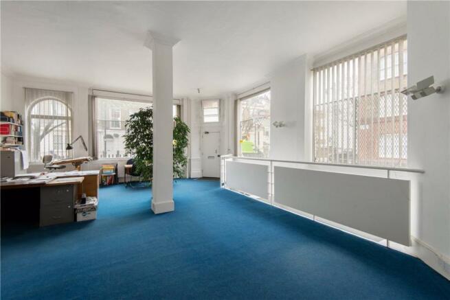 Islington: Office