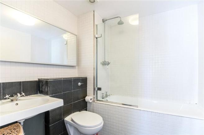 N1: Bathroom