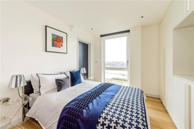 N4: Bedroom