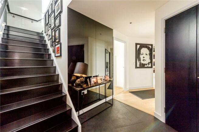 N4: Hallway