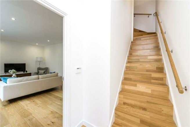 Ec1: Hallway