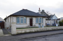 2 bed Detached Bungalow in 34 Argyle Road...
