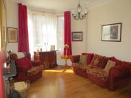 1 bed Ground Flat in G/R, 13 Stanlane Place...