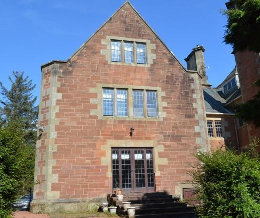 5 Bedroom Character Property For Sale In Carlung Estate