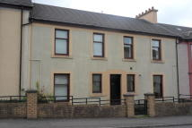 1 bedroom Ground Flat in G/L, 75 Raise Street...