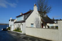 3 bed Cottage for sale in 12 The Causeway, Fairlie...