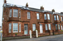 2 bedroom Flat in 4B Gladstone Road...