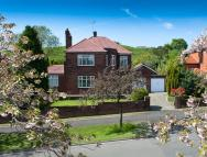 Detached house in 14 Tandle Hill Road...