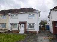 3 bedroom semi detached property to rent in 24 Arthur Street...