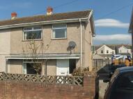 property to rent in 30 Maesyglyn, Brynamman, Ammanford, Carmarthenshire. SA18 1SY