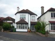 4 bedroom Detached house to rent in Queens Drive...