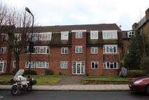2 bed Flat to rent in Colin Court...