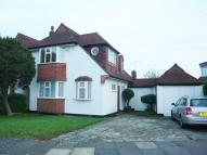 Detached house in Knightwood Crescent...
