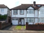 4 bed semi detached home to rent in Valonia Gardens...
