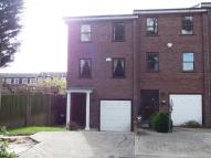 4 bed Town House in Pine Grove, Wimbledon...