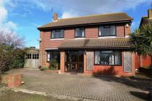 5 bed Detached home in Hazlemere Road...