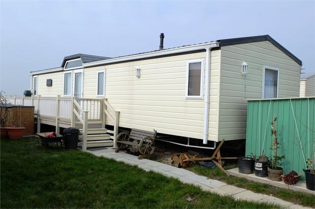 2 Bedroom Park Home For Sale In Alberta Caravan Faversham