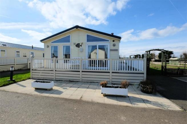 2 Bedroom Park Home For Sale In Seaview Holiday St Johns