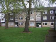 Flat to rent in Banks Walk...