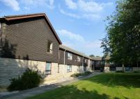 2 bed Apartment to rent in Field Court