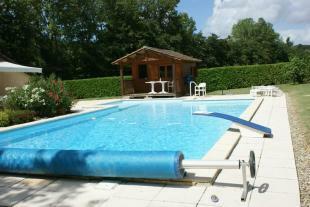 Piscine (pool)