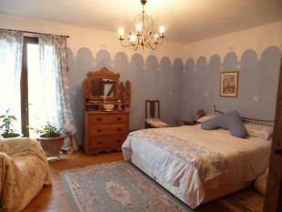 CHAMBRE 2/BEDROOM