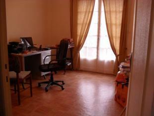 Bedroom 2 -...
