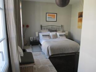 Generously-proportioned bedroom