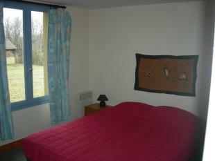 Bedroom 8/10 bed...