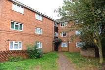 Ground Flat to rent in Larch Close...
