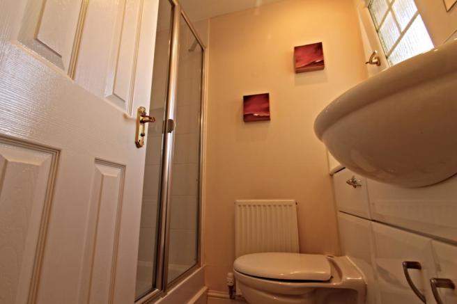Ensuite to Bed 4