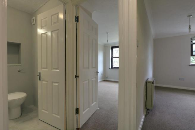 Hallway through to bedrooms