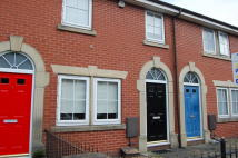 Mews to rent in Chapel Street, Adlington...